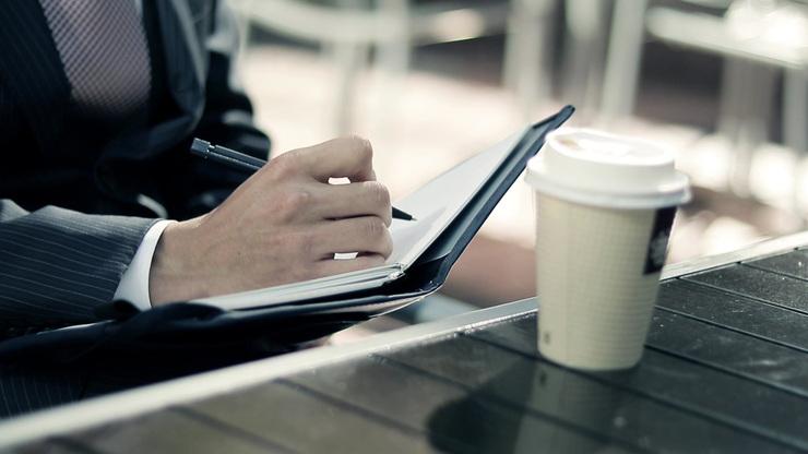 サラリーマンが副業を選ぶ際に知っておくべき2つのポイント